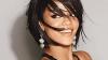 Cântăreaţa Rihanna îşi face debutul în modă printr-o colecţie proprie