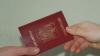 Moldovenii ar putea obţine automat şi cetăţenie română