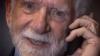 40 de ani de la prima convorbire cu un telefon mobil. AFLĂ istoria primului gadget