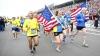 Maratonul de la Boston: Mii de oameni au alergat ultimii kilometri ai cursei, iar câştigătorul a întors medalia (VIDEO)