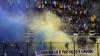 """(VIDEO) Un """"superclasico"""" cu incidente. Fanii echipelor Boca Juniors şi River Plate au urcat pe garduri şi au aprins fumigene"""