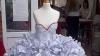 Cum arată rochia de mireasă făcută din acte de divorţ FOTO