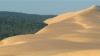 Cea mai mare dună din Europa! Muntele de nisip care înghite totul în calea sa