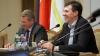(VIDEO) Fiecare cu ale lui, la şedinţa Primăriei Chişinău: Chirtoacă face haz pe seama unei funcţionare, iar ea îşi continuă discursul
