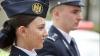 Cravate-papion și galoane în formă de viță de vie pe epoleții poliţiştilor, din 1 iulie