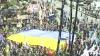 Proteste de amploare la Kiev. Zeci de mii de reprezentanţi ai puterii şi opoziţiei au ieşit în stradă VIDEO