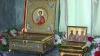Zeci de credincioşi au mers să sfinţească pasca la Mănăstirea Hâncu, unde au fost aduse moaşte sfinte (VIDEO)