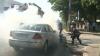 Şofer ghinionist! După un accident rutier, i-a luat foc maşina VIDEO