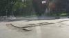 Se întâmplă în Orhei: Strada centrală a fost decopertată înainte de Paşti, iar şoferii fac slalom prin centrul oraşului