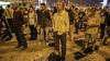 (VIDEO) O nouă formă de protest în Turcia. Oamenii stau în picioare fără să vorbească şi fără să se mişte