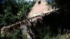 Pericol de alunecări de teren în Climăuţii de Jos. Opt familii trăiesc cu teama că pământul ar putea da peste ei (VIDEO)