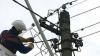 """Aversele """"sting"""" lumina. 11 localităţi din ţară rămân fără energie electrică"""