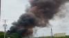 Explozie de proporţii la o uzină chimică. Pompierii nu pot interveni, din cauza unor substanţe ce reacţionează negativ la apă