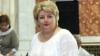 Valentina Stratan şi-a schimbat stilul vestimentar. Deputatul a renunţat la costumul clasic şi a îmbrăcat o ie (VIDEO)