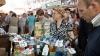 (VIDEO) Lactate şi produsele uşor alterabile, vândute în arşiţă. Medicii atenţionează: Pot provoca intoxicaţii grave