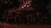Violenţele continuă în Turcia. Protestatarii au aruncat cu focuri de artificii, pietre şi sticle în poliţişti