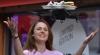 """""""Chelnerul zburător""""! O mini-dronă livrează comenzile într-un restaurant VIDEO"""