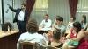 (VIDEO) La Chişinău se desfăşoară cursuri pentru tinerii oameni de afaceri