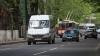 """Calitatea drumurilor reparate în Chişinău, sub semnul întrebării. """"Garanţia totală o dă doar Dumnezeu"""""""