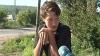 (VIDEO) Vacanţă cu sapa în mână. Unii copii muncesc ilegal cot la cot cu adulţii