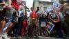 Protest inedit la New York: Mai mulţi activişti au vărsat votcă în faţa Consulatului rus (VIDEO)