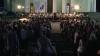 (VIDEO) Sute de oameni s-au adunat în centrul capitalei, la un spectacol muzical de excepţie
