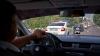 Goană ca-n filme şi focuri de armă pe o stradă din Chişinău. Un infractor, urmărit de poliţişti (VIDEO)