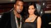 Kanye West, surprins în timp ce alegea verighetă pentru logodnica sa, Kim Kardashian
