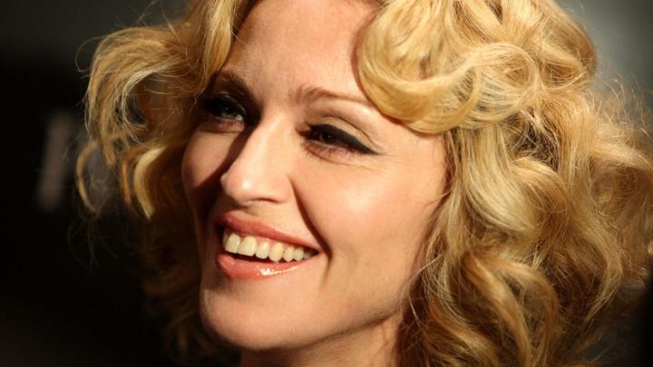 Cântăreaţa americană Madonna dezminte că ar vrea să părăsească Lisabona