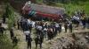 Accident TERIBIL în Guatemala: Zeci de oameni au murit după ce autocarul în care se aflau a căzut într-o prăpastie