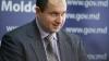 Victor Parlicov a revenit la şefia ANRE, dar pe plăcuţa de pe uşa biroului său era scris numele fostului director