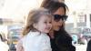 Fiica Victoriei Beckham a fost la o prezentare de modă a mamei sale