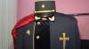 """Uniforme realizate manual, din stofe scumpe, pentru Cavalerii ordinului """"Ştefan cel Mare"""" VIDEO"""