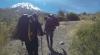 Trei moldoveni au cucerit unul dintre cei mai periculoşi vulcani, cu parapanta VIDEO