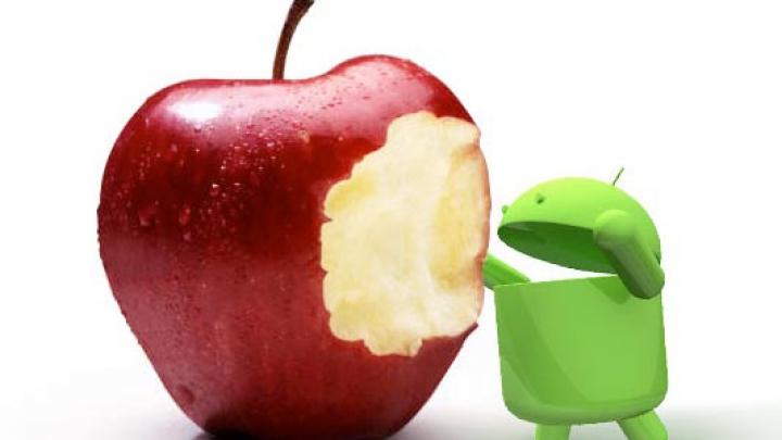 HTC încolţeşte mărul de la Apple. Taiwanezii fac praf noile iPhone 5S şi 5C
