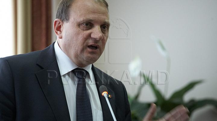 PSRM cere demisia lui Bumacov: Ministrul poartă răspundere pentru decizia Rusiei, de a interzice importul vinurilor moldoveneşti
