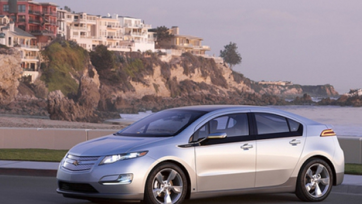 General Motors dezvoltă o maşină electrică cu o autonomie de peste 300 de kilometri