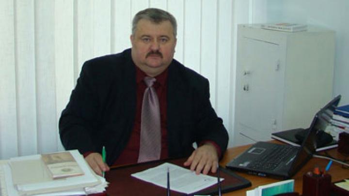 Decanul Facultăţii de Istorie şi Filosofie din cadrul USM, numit în funcţia de viceministru al Culturii