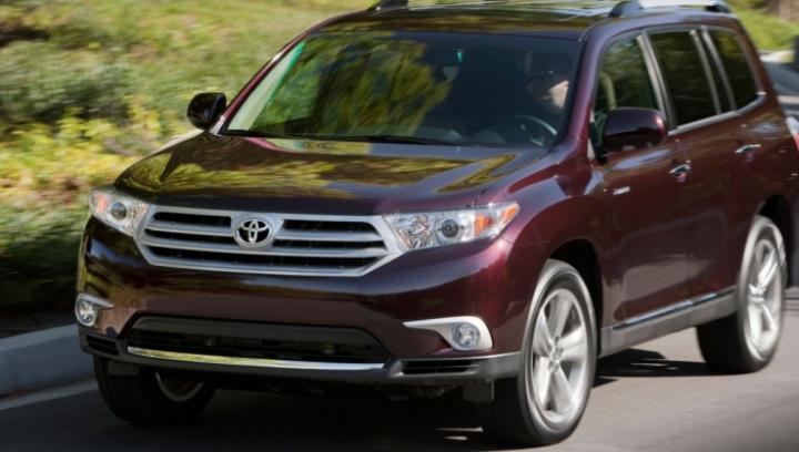 Toyota recheamă în service 37.000 de maşini vândute în Europa