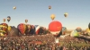 (VIDEO) Cerul, împânzit de baloane colorate. Sute de entuziaşti participă la festivalul internaţional