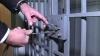 Izolatorul CNA este arhiplin. Centrul a cerut ajutorul altor structuri pentru a plasa reţinuţii în celule (VIDEO)