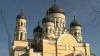 Sfânta Parascheva, cinstită la Mănăstirea Hâncu. Primul preşedinte al ţării şi sute de credincioşi au participat la un serviciu divin VIDEO
