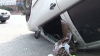 Accident în centrul Chişinăului. O maşină s-a răsturnat, iar alta a fost grav avariată (VIDEO)
