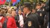 Din nou proteste în faţa Palatului Republicii. Comuniştii au adus cu ei butoaie metalice, ca să facă mai multă gălăgie VIDEO