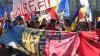 Aproximativ cinci mii de oameni au cerut în centrul Bucureştiului unirea Basarabiei cu România (VIDEO)