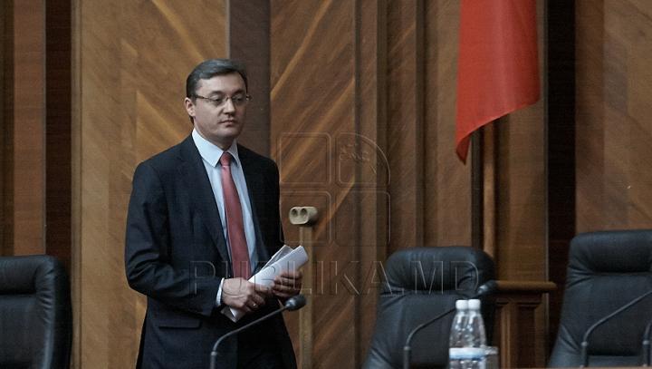 Corman: Acţiunile de profanare a clădirii Palatului Republicii ar putea avea legătură cu decizia de ieri a Curţii Constituţionale