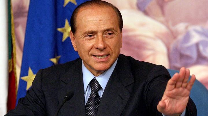 Silvio Berlusconi afirmă că îl va sprijini pe liderul Ligii Nordului pentru funcţia de premier