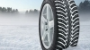 Şoferii, atenţionaţi să pornească la drum cu anvelope de iarnă, lanţuri antiderapante, lopată şi nisip