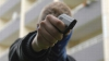 Poliţia franceză a reţinut un suspect în cazul atacurilor comise în mai multe instituţii