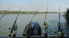 """Trei bărbaţi au plecat să prindă peşte, dar au pescuit """"amenzi"""" (FOTO)"""
